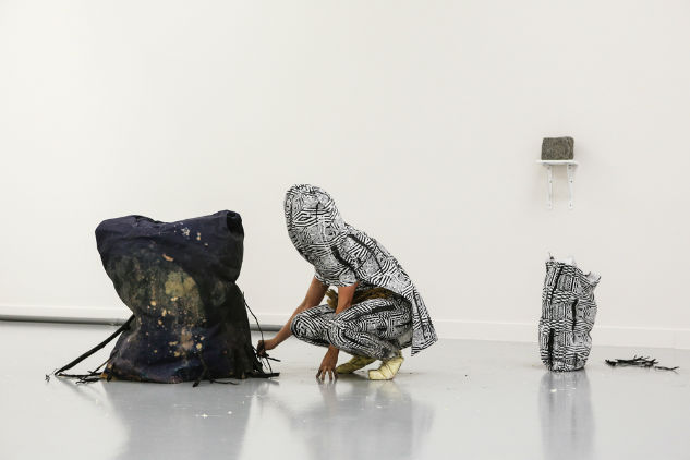 Carried By Sticks, more out of belief than out of danger performance M HKA 2012